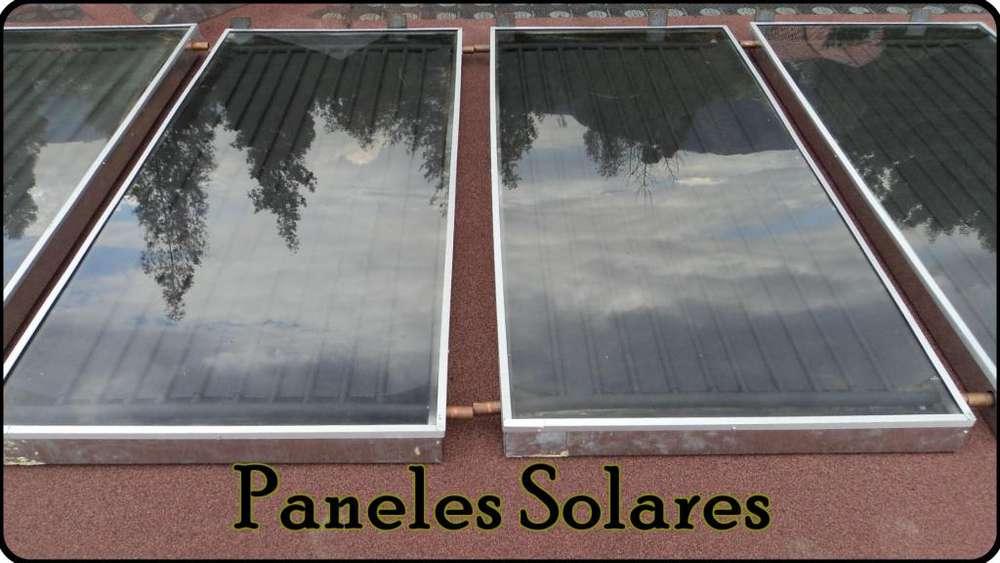 Paneles Solares Dentro y Fuera de Quito