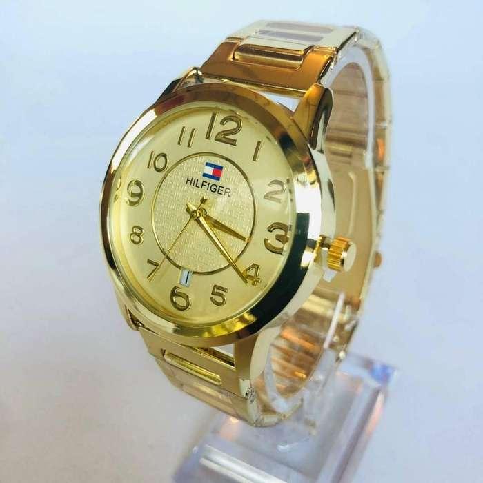 d0cad920c4cb Maquillaje  Relojes - Joyas - Accesorios en venta en Ecuador