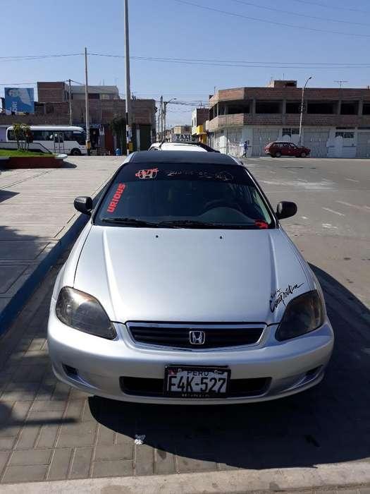 Honda Civic 2000 - 147850 km