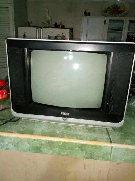 <strong>televisor</strong> a Color 20'
