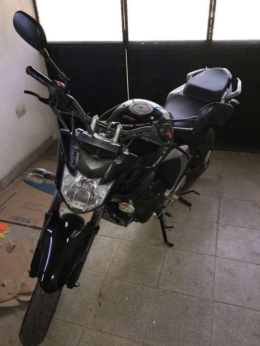 <strong>moto</strong> Yamaha Fz Fi 2017