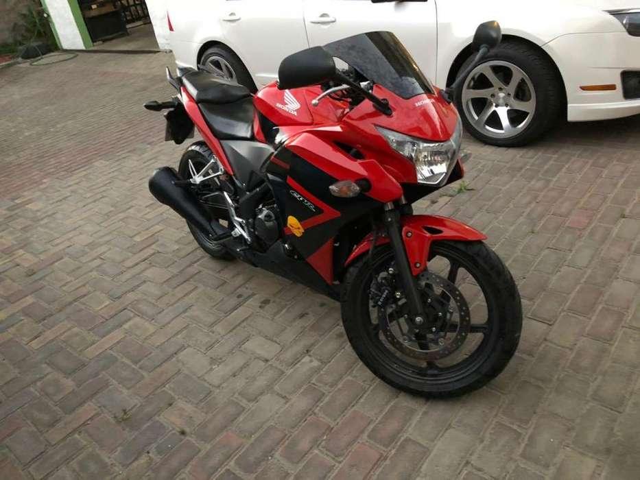 vendo o cambio moto <strong>honda</strong> cbr250r 8300km