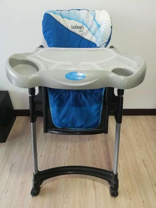 <strong>silla</strong> comedor para bebe INFANTI ¡En buen estado!