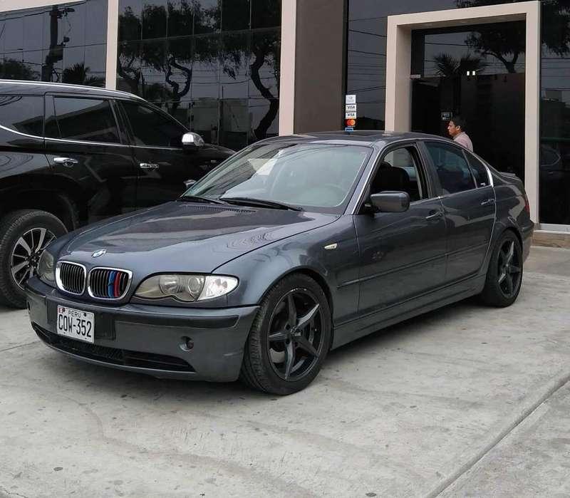 BMW 330i 2004 - 120000 km