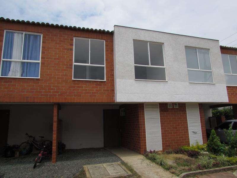 Casa Condominio En Venta En Jamundi Alfaguara Cod. VBSBI11892