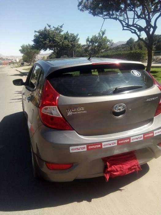 Hyundai Accent Hatchback 2013 - 63000 km