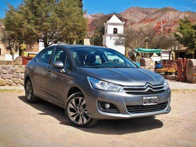 Citroen C4 Lounge 2013 - 42000 km