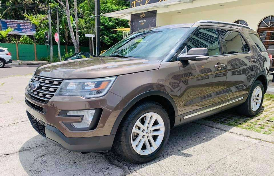 Ford Explorer 2016 - 65000 km
