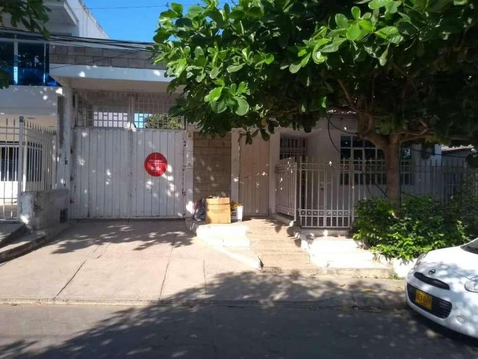 Venta de casa lote sirve para una empresa para I.PS. en el barrio chipre