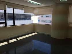 arriendo oficina 65 m2 en la República del Salvador