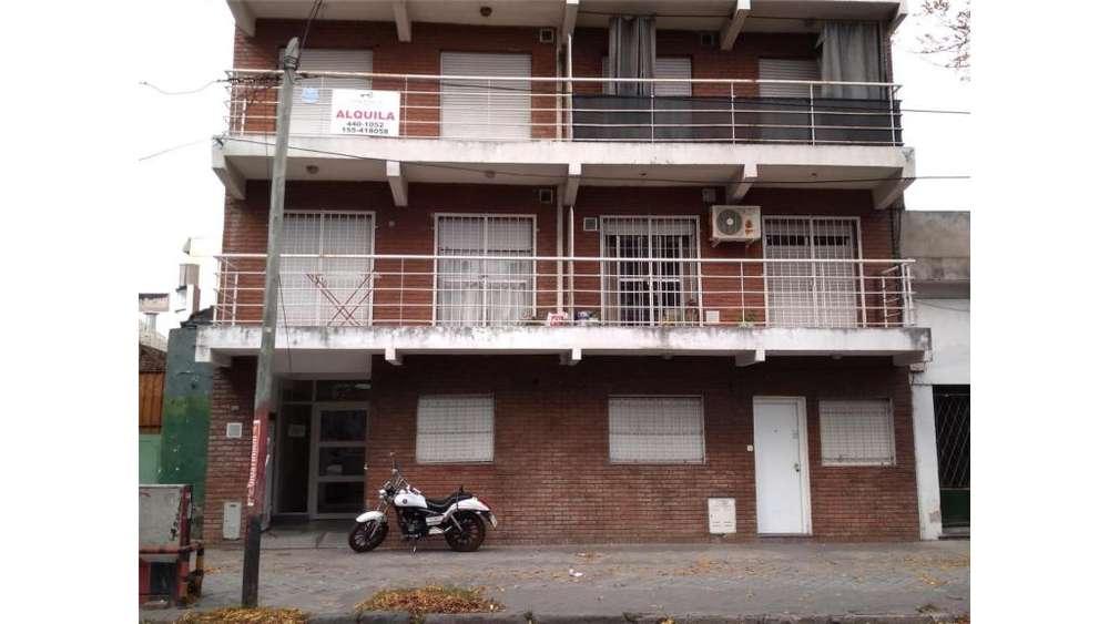 Sarmiento 2000 00 - UD 45.000 - Departamento en Venta
