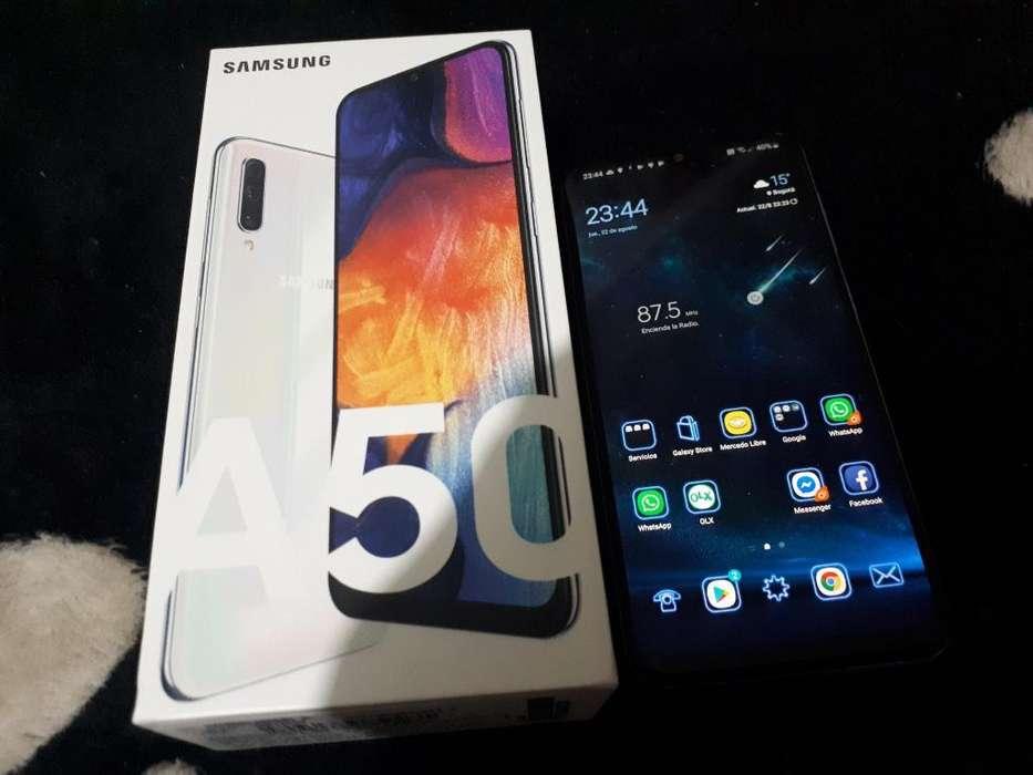 Vendo Cambio Samsung A50 128gb Comonuevo