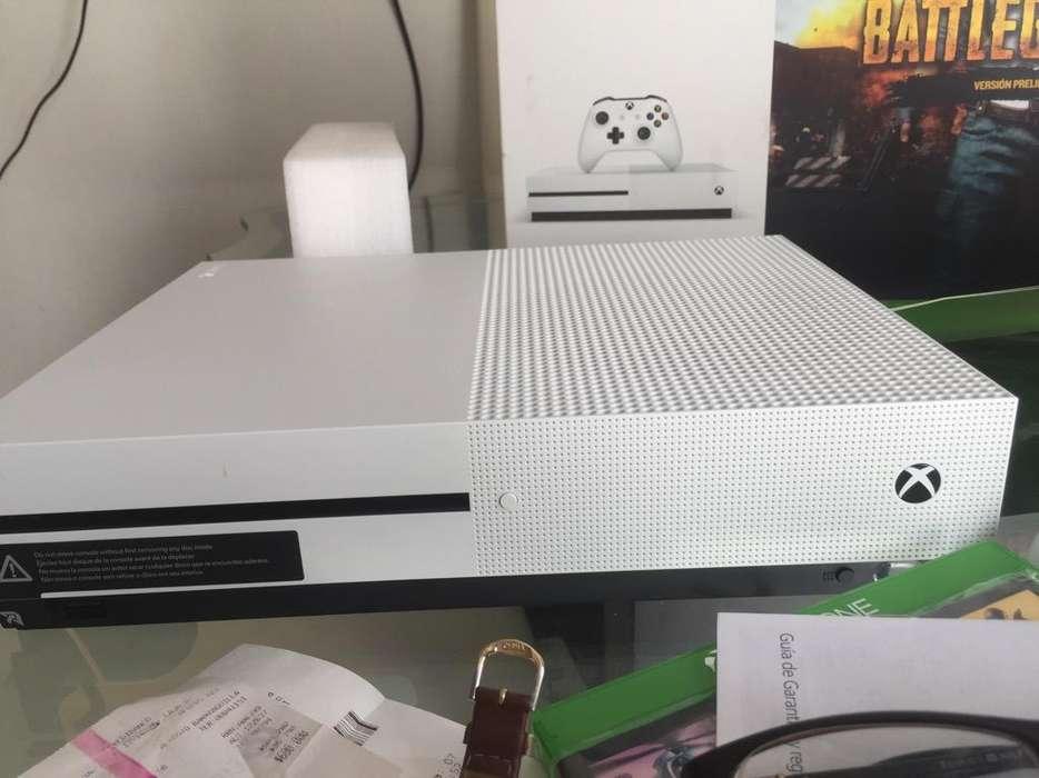Vendo Xbox One S Un Control Y Dos Juegos
