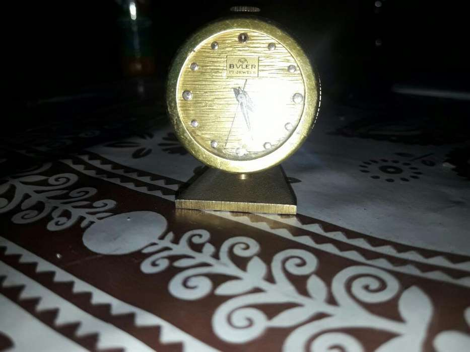 Reloj Antiguo de Mesita de Luz .