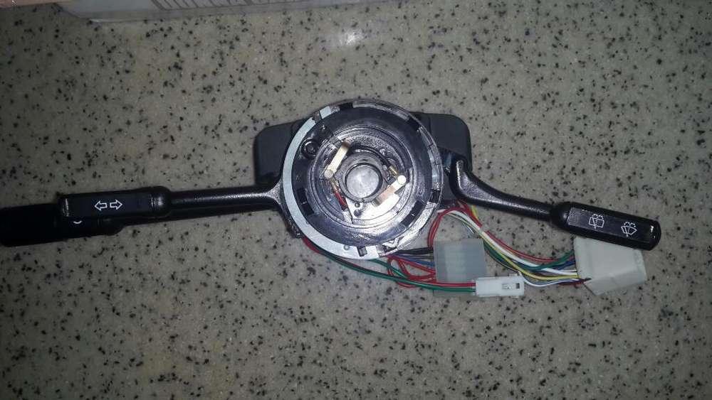 Comando,interruptor de Luces Fiat Uno