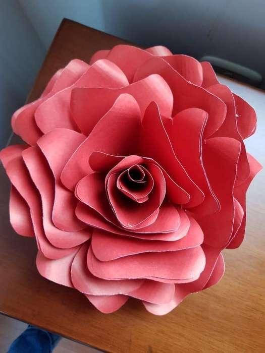 Flor de papel 30 cms diametro (Envio inmediato)