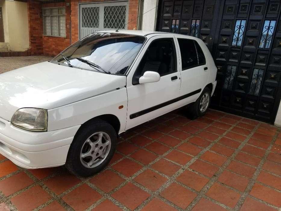 Renault Clio  1998 - 180000 km