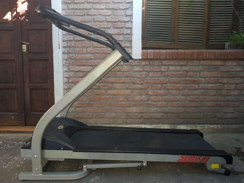 vendo cinta de correr semikon basic gym precio 26000
