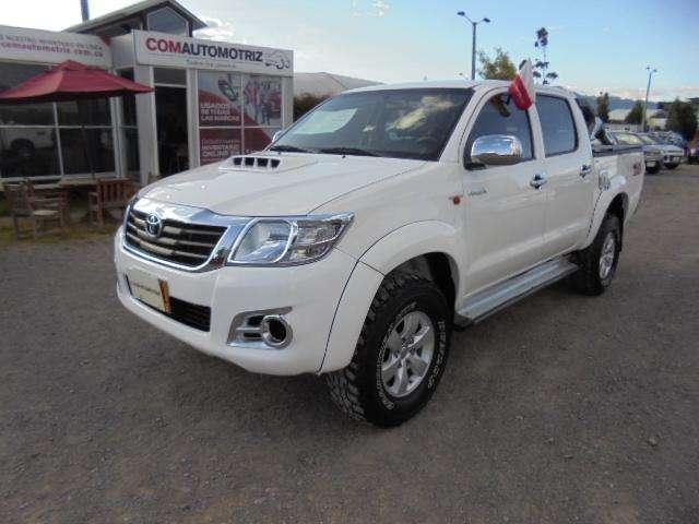 Toyota Hilux 2013 - 99800 km