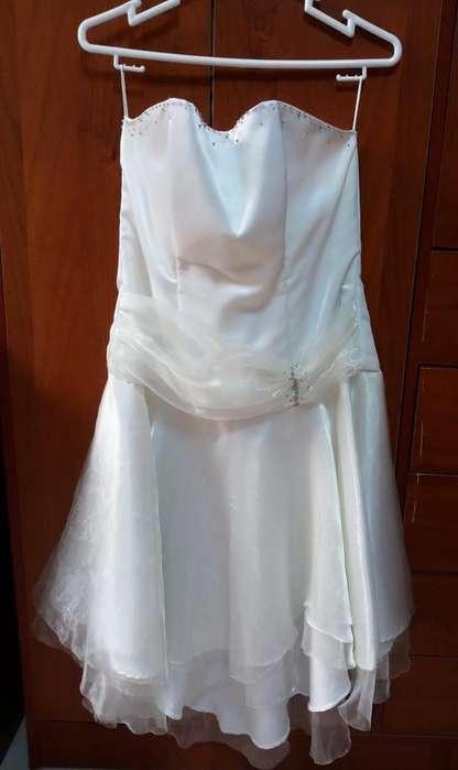 Vestido Crema de Fiesta Dama