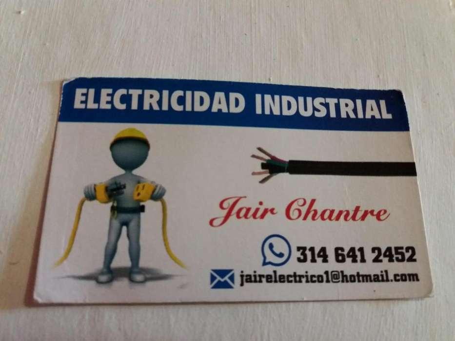Electricista de mantenimiento y montajes