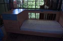 Cuna funcional con colchón