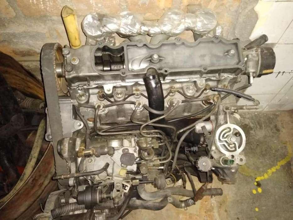 Vendo Motor Peugeot, partes Kia Sportage y Nissan Xterra