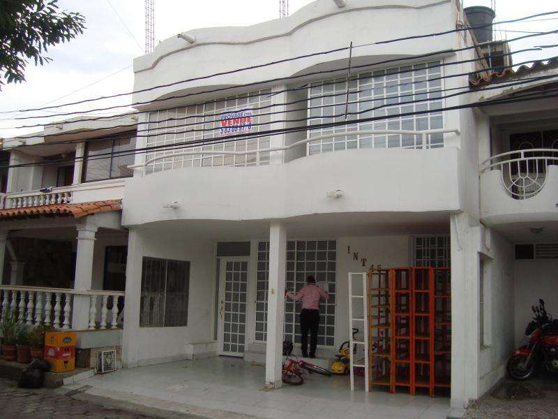 Casa En Venta En Cúcuta Condado De Castilla Avenida Libertadores Cod. VBPRV-100644