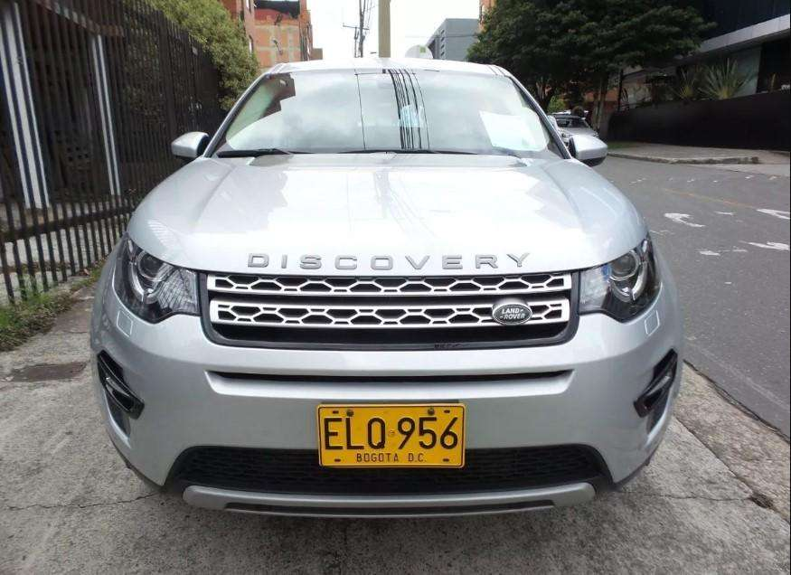 Land Rover Discovery 2017 - 13796 km