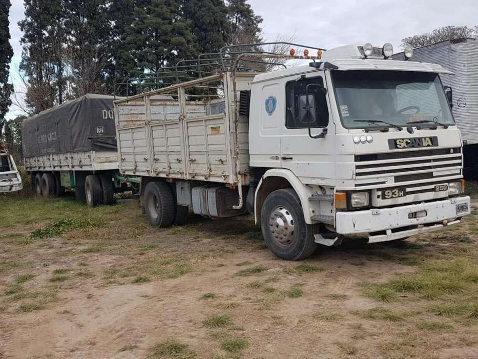Scania P93 96 Enganchado