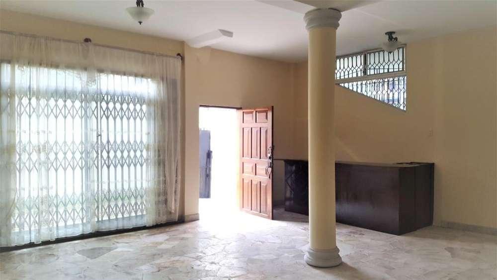En Manta se alquila departamento de dos dormitirios. Sector Cordoba-Centro