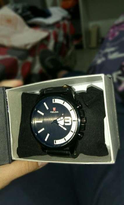 Liquido!!reloj Negro (sin Uso)