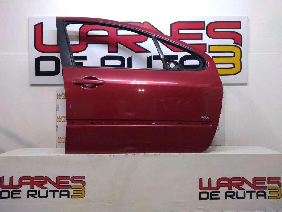 Puerta Delantera Derecha Peugeot 307 03102107