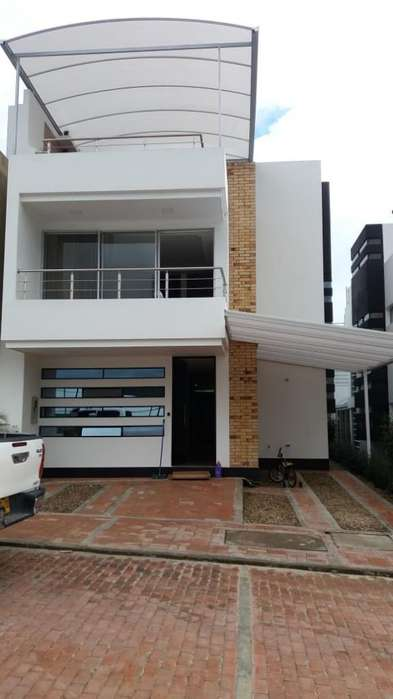 Ven-permuto Hermosa Casa Fusagasugá