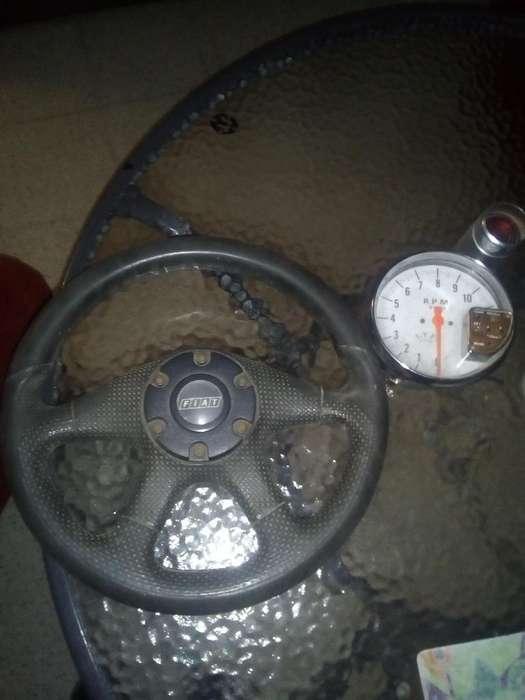 <strong>volante</strong> con Maza Y Tacometro