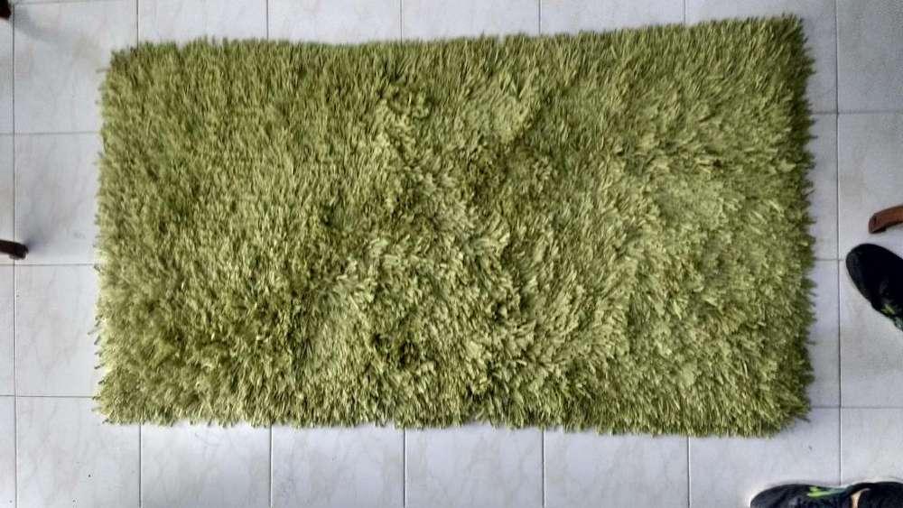vendo <strong>tapete</strong> usado color verde pistacho