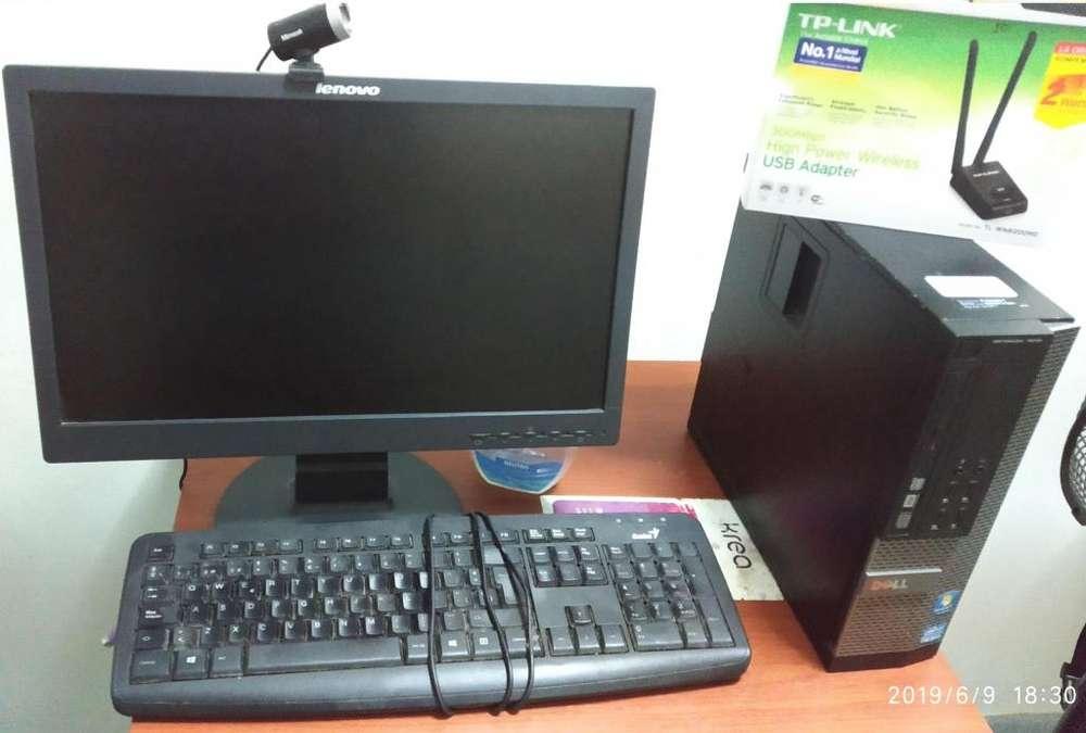 Computadora Dell, monitor,wifi, tarjeta vídeo, cámara HD.