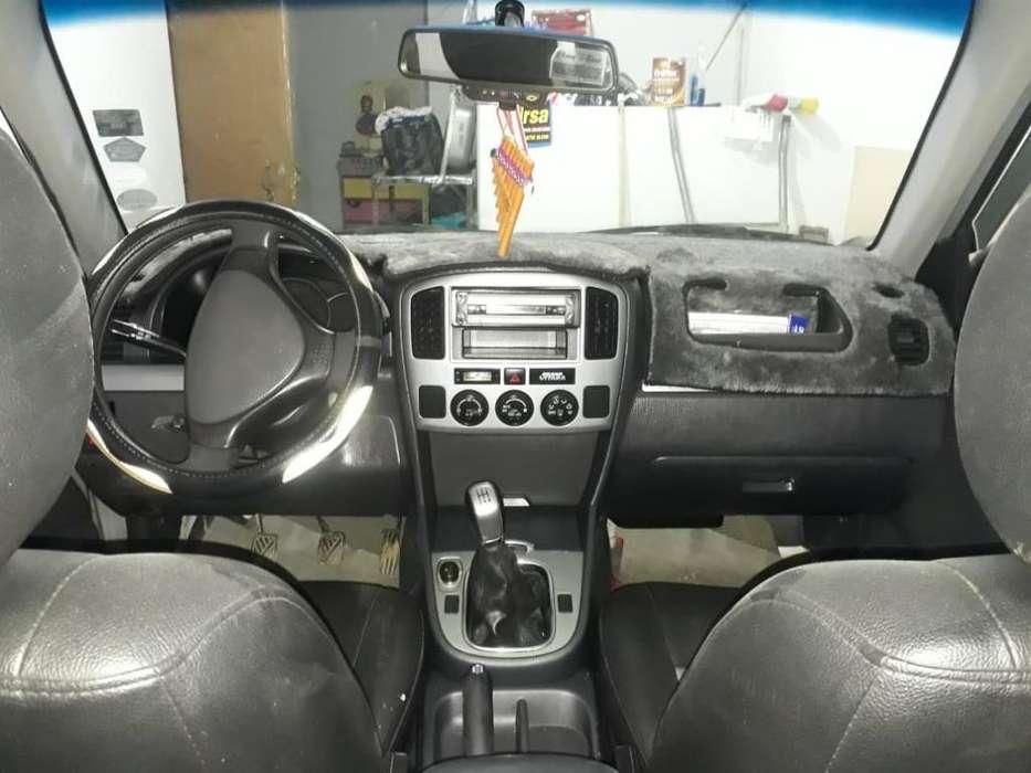 Chevrolet Grand Vitara 2011 - 118000 km