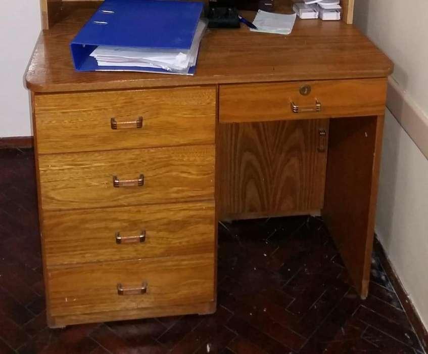 <strong>escritorio</strong> de Madera Maciza en Roble