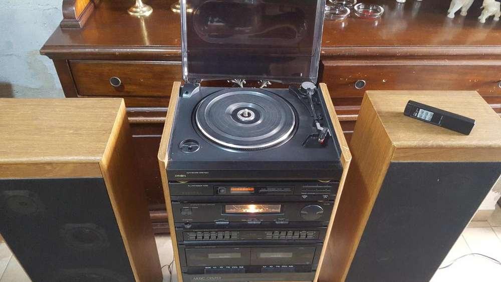 equipo de sonido integrado con torna-mesa para discos de acetato