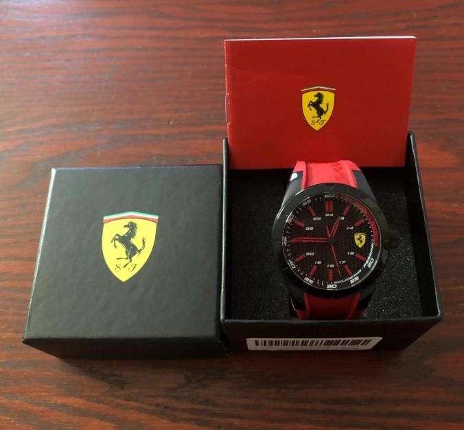 Reloj Ferrari, deportivo, nuevo original. Relojes Hombre Casio Fossil Guess