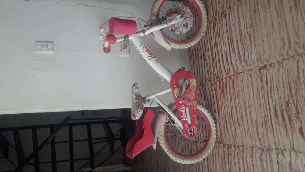 Bicicleta Barbie rosada nia