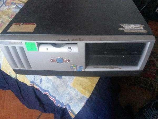 CPU Pentium 4 Disco Duro 40gb 2gb Ram