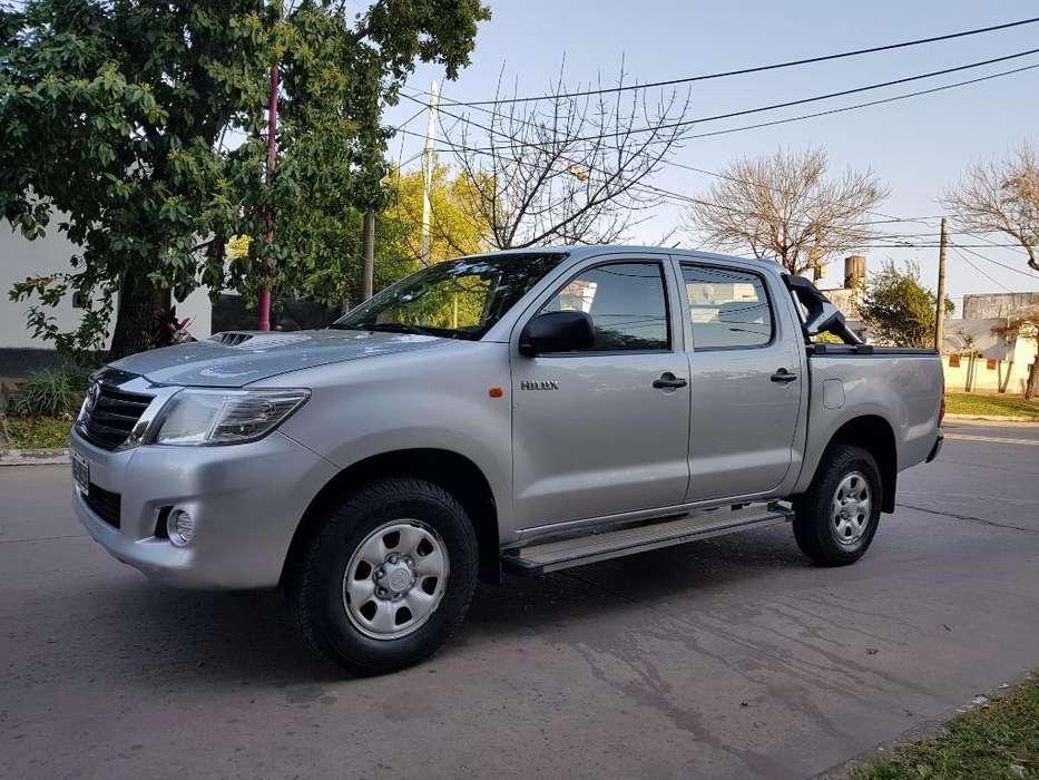 Toyota Hilux 2012 - 170000 km