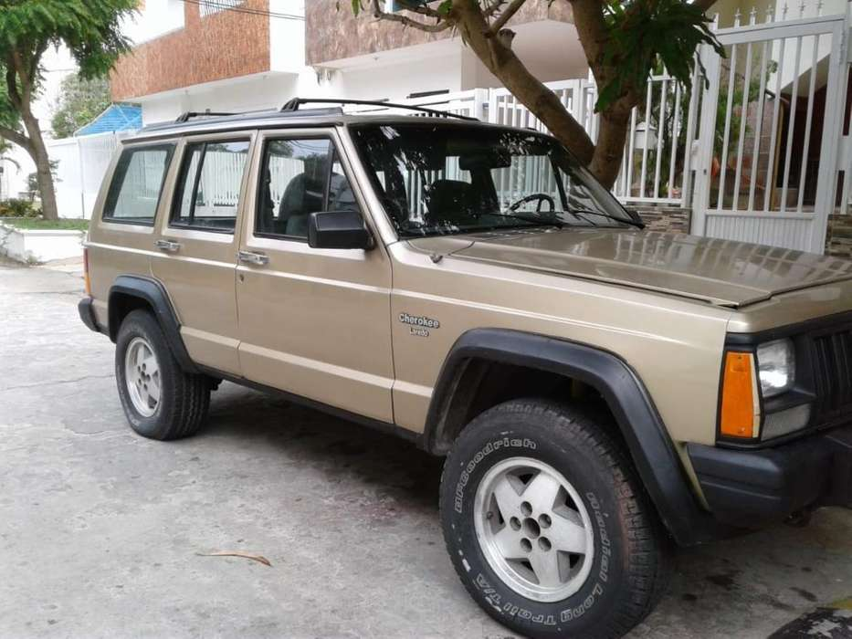 <strong>jeep</strong> Cherokee 1995 - 149000 km