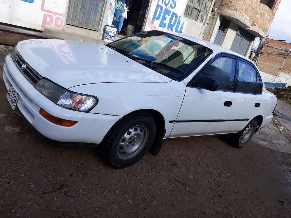 Toyota Corolla 1997 - 230097 km