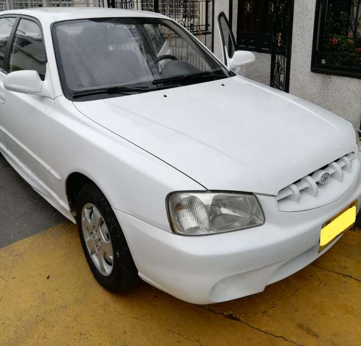 <strong>hyundai</strong> Accent 2000 - 221200 km