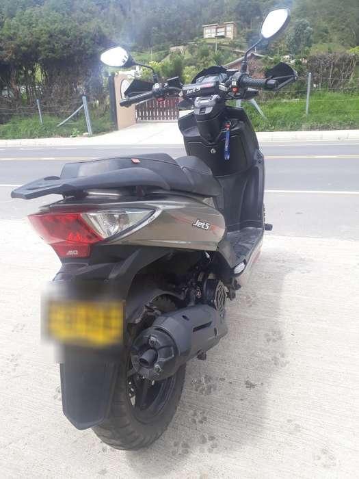 en Venta Moto Akt Jet5r 150cc