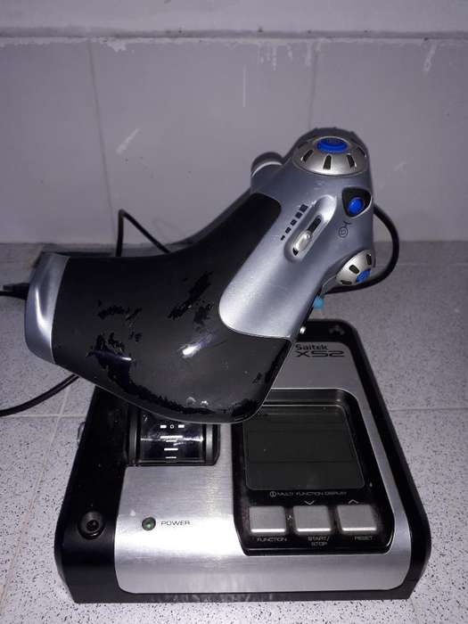 Se Venden Controles de Simulador