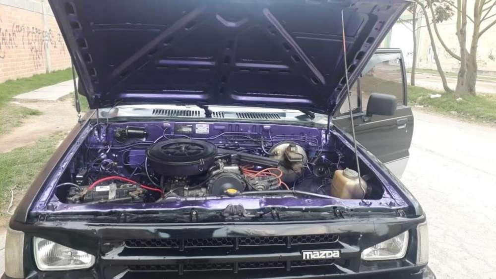Mazda B-2000 1988 - 173876 km